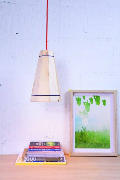 Pendant lamp with pallet planks 1