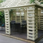Arbour made with pallets