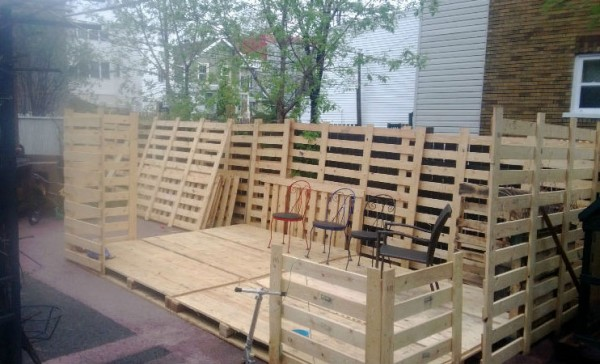 Arbour made with pallets 3