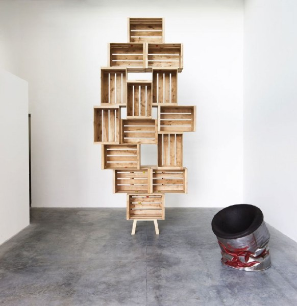 Defy gravity with these shelves made with fruit boxes 1