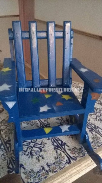 Rocking chair for children with pallets 5