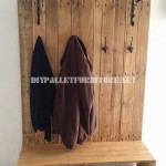 Shoerack, bench, hanger and hatstand for the hall with pallets