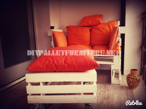 Sofa, table and stool built with pallets 1