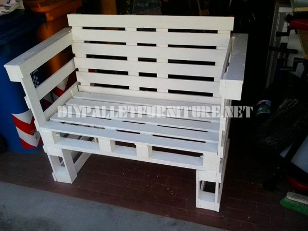 Sofa, table and stool built with pallets 2