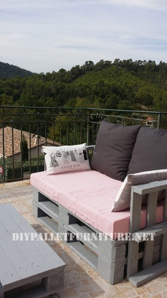 The pallet sofas from Marie for the terrace 4