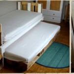 Trundle bed made with pallets