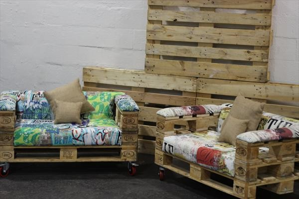 Design armchairs with only 3 pallets 1