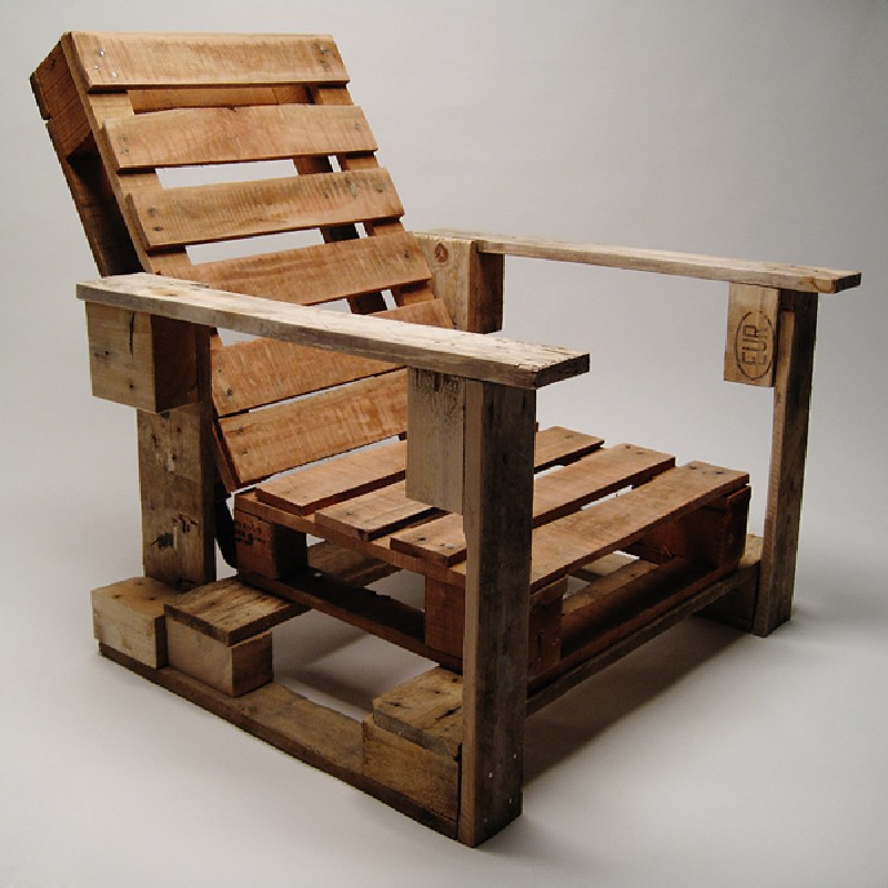 Industrial Chair Made With Palletsdiy Pallet Furniture: what are chairs made of