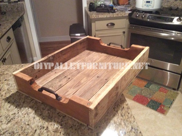 Pallet tray using pallet planks 1