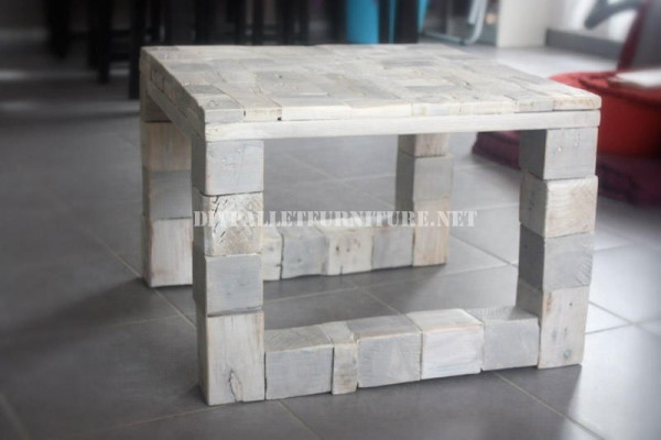 Table design with recycled wood 1