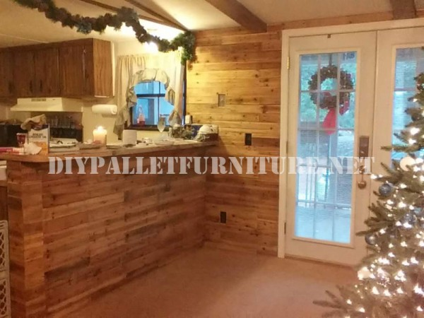 Coated kitchen with pallets 1