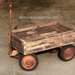 Decorative 50's cart with pallets