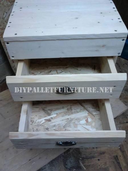 Drawer made of pallet planks 2