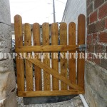 Garden gates with pallets