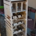 Wine cellar designed with pallets