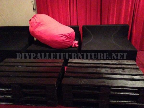 Pallet furniture for a living room 3