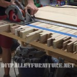Video on how to make a table for meetings with pallet planks