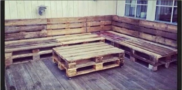 Classic terrace with pallets and colors 2