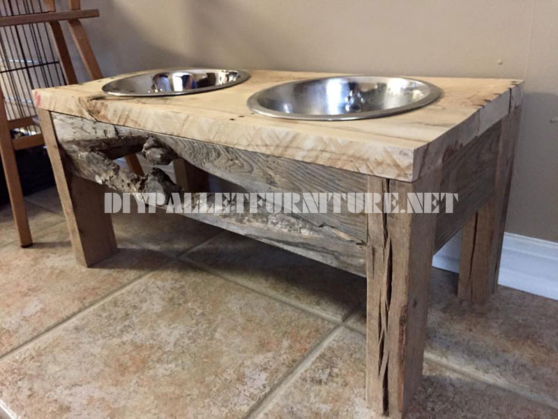 Food and water bowls for dogs made with reclaimed wood 2