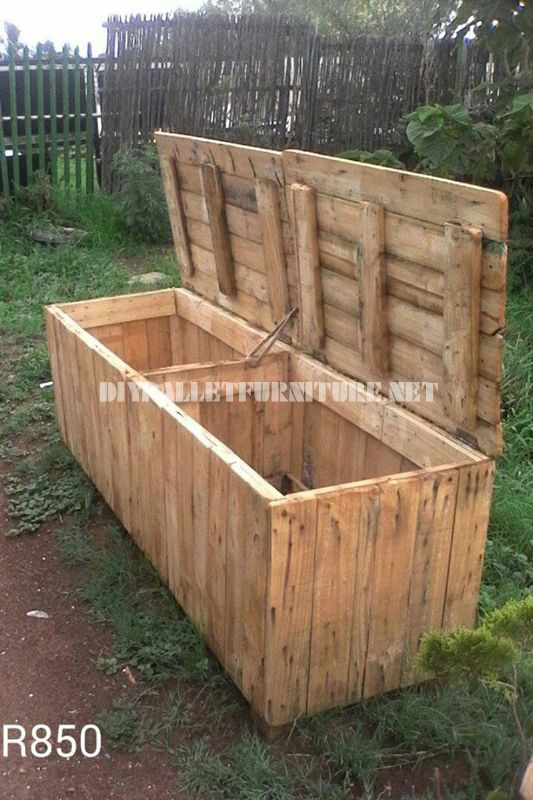 Outer box with pallets 1