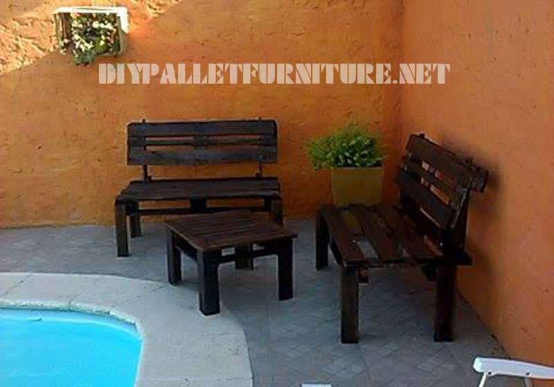Patio furniture with pallets 4