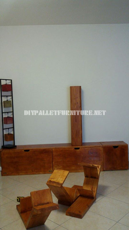 Shelving and furniture for the living room with tree shape 2