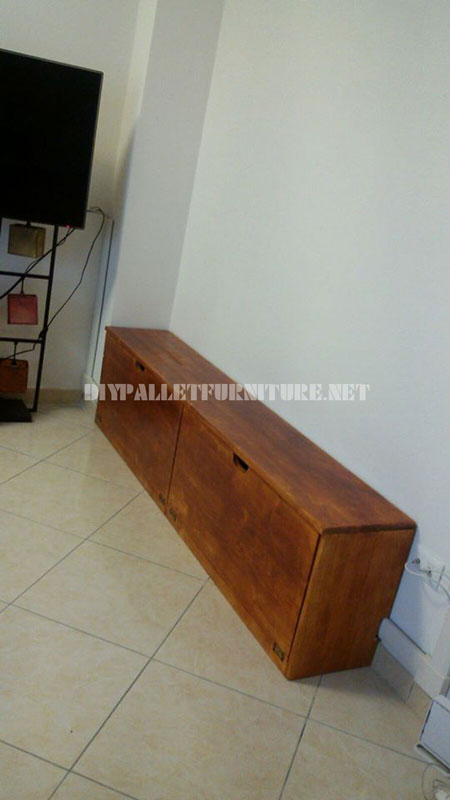 Shelving and furniture for the living room with tree shape 3