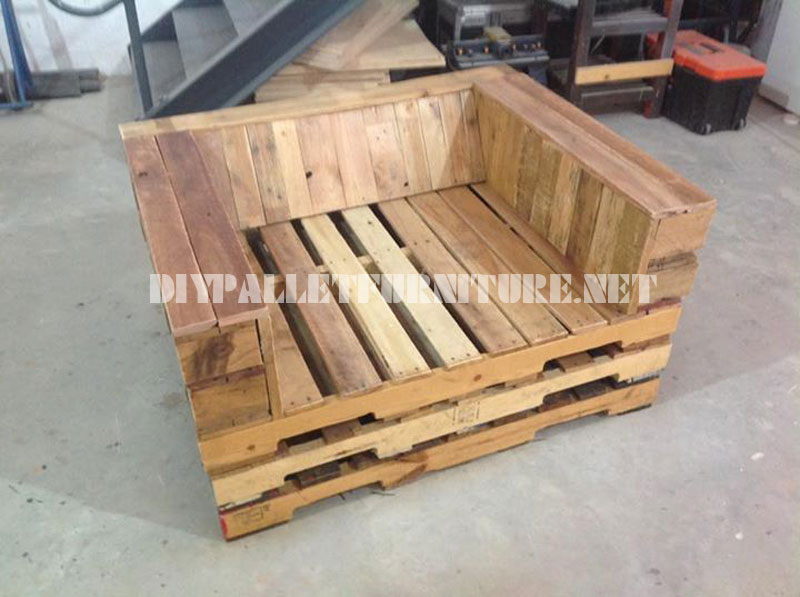 Unpadded Chair Made With PalletsDIY Pallet Furniture DIY Pallet Furniture