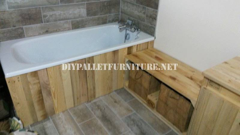 Bathroom furnished with pallets 1