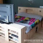 Bed and shoes cabinet made with pallets