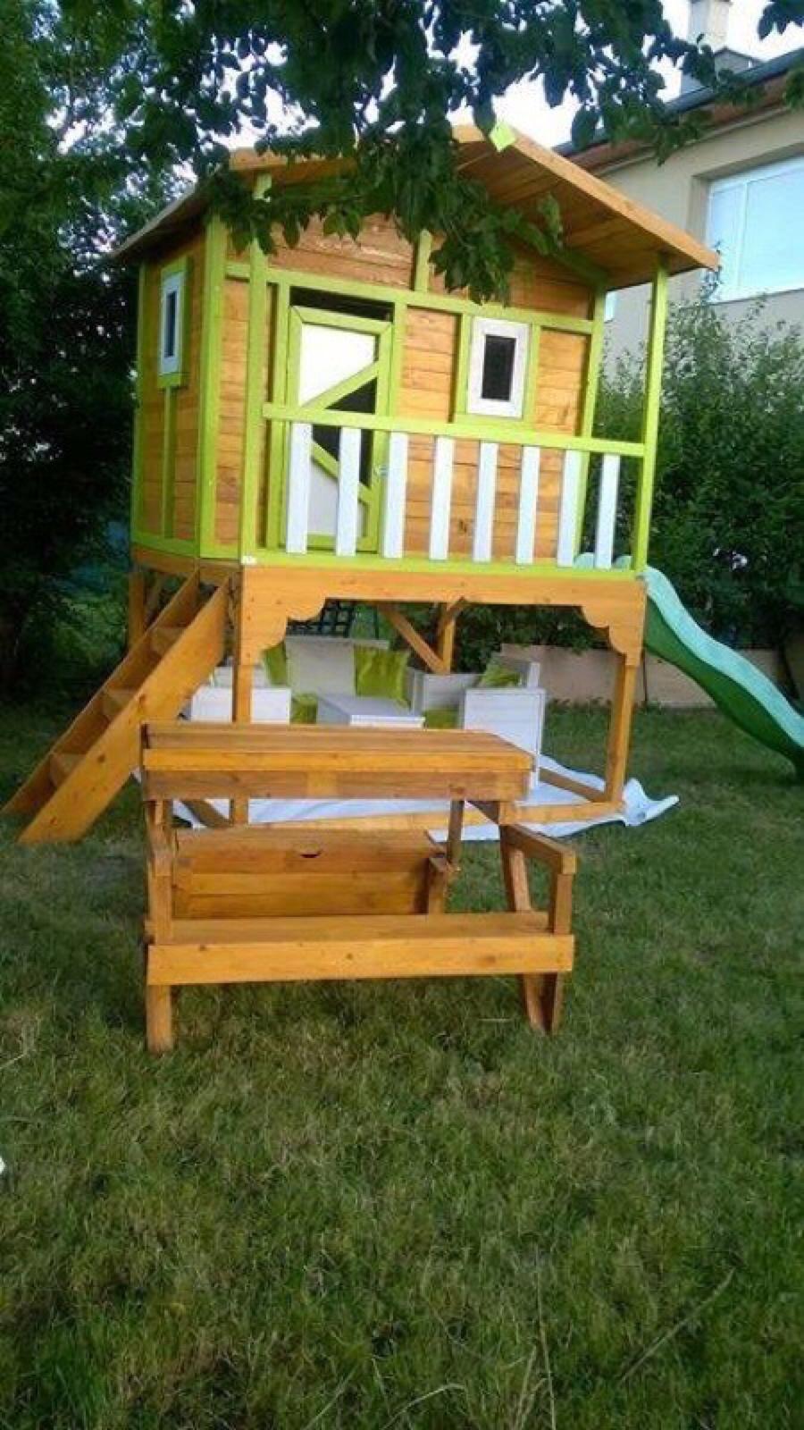 Petite cabane de jardin pour les enfantsmeuble en palette meuble en palette - Maison en palette ...