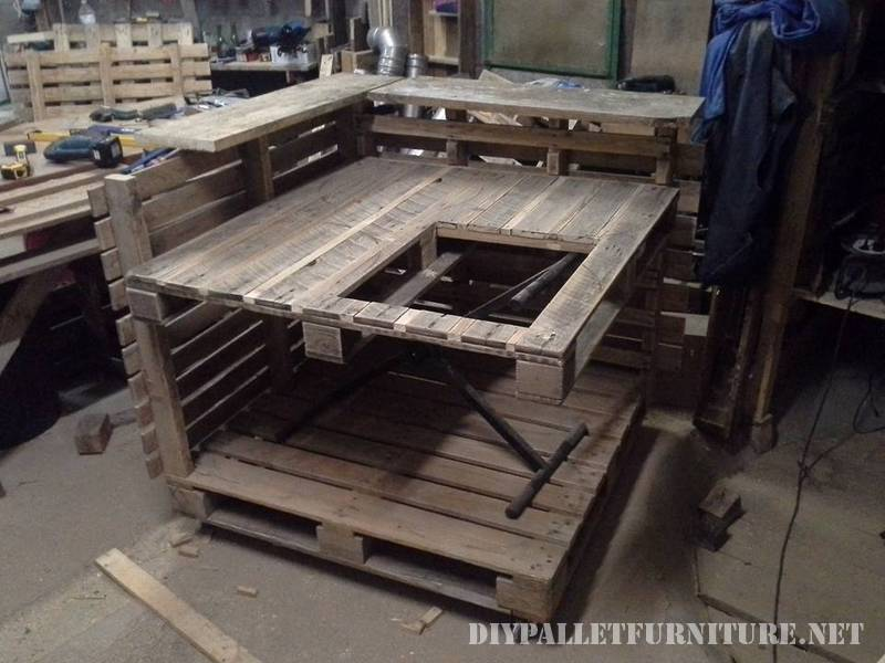 Kitchen island made with pallets 5