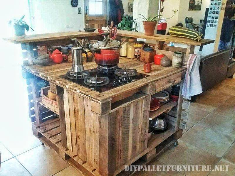 Kitchen island made with pallets 6
