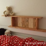 Shelves for a bedroom made of pallets