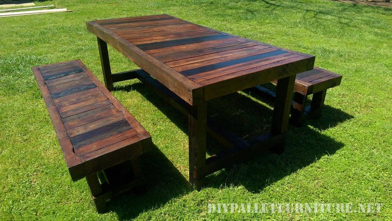 Outdoor table and benches with a great finish 1
