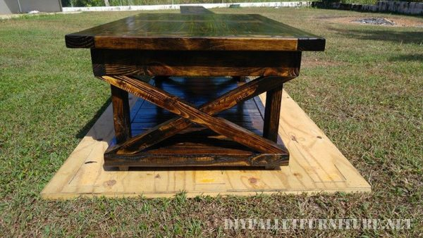 Pallet table and bench 6