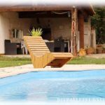 Pool deckchair made with pallet planks