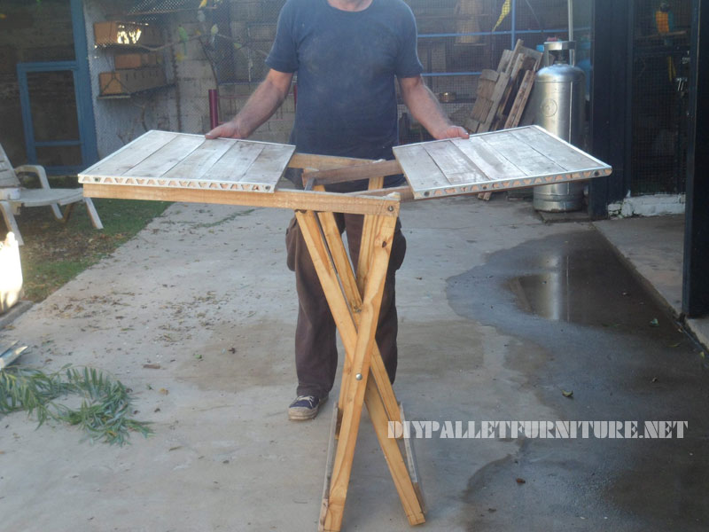 folding table with pallets 3