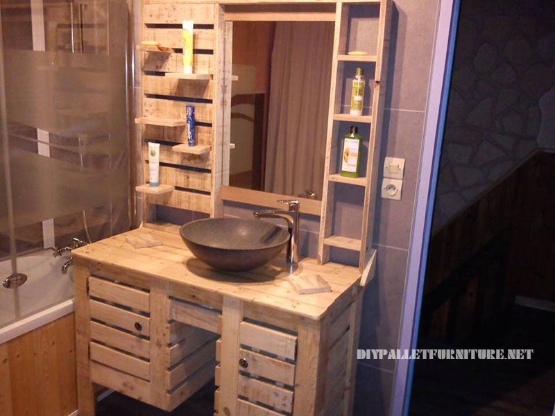 Bathroom cabinet with pallets