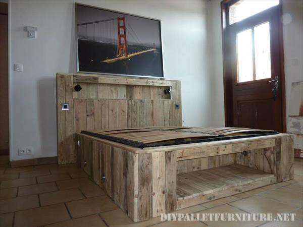 Bed made with pallet planks and a matress 2