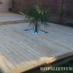 Outdoor platform with pallets