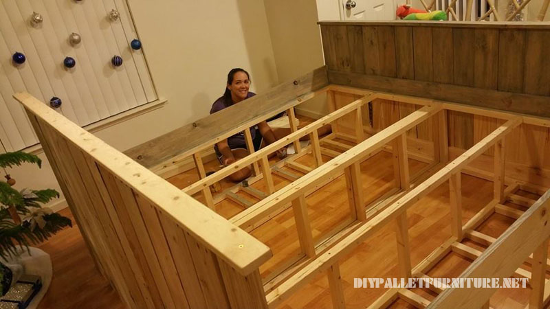 Pallet bed with drawers 2