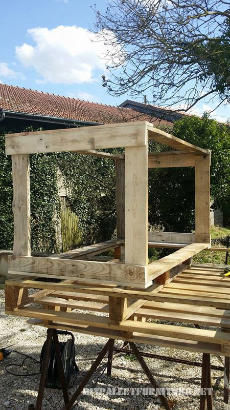 Pallet garden furniture 3