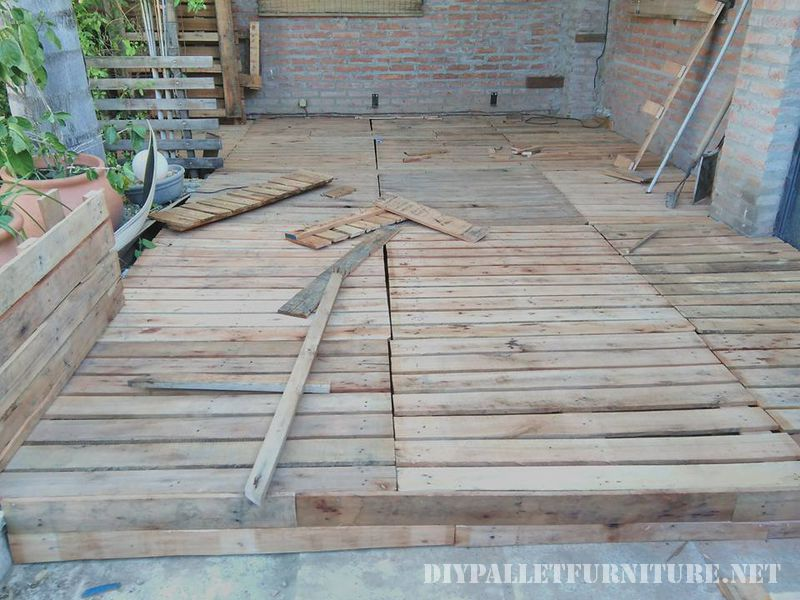 Recovered little space using pallets 4