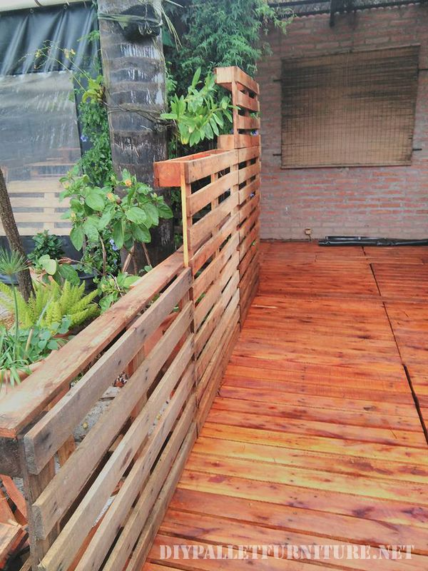 Recovered little space using pallets 5