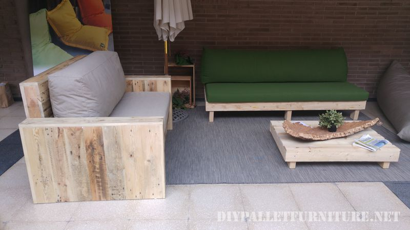 Sofas and armchairs with cushions from recycled origin 2