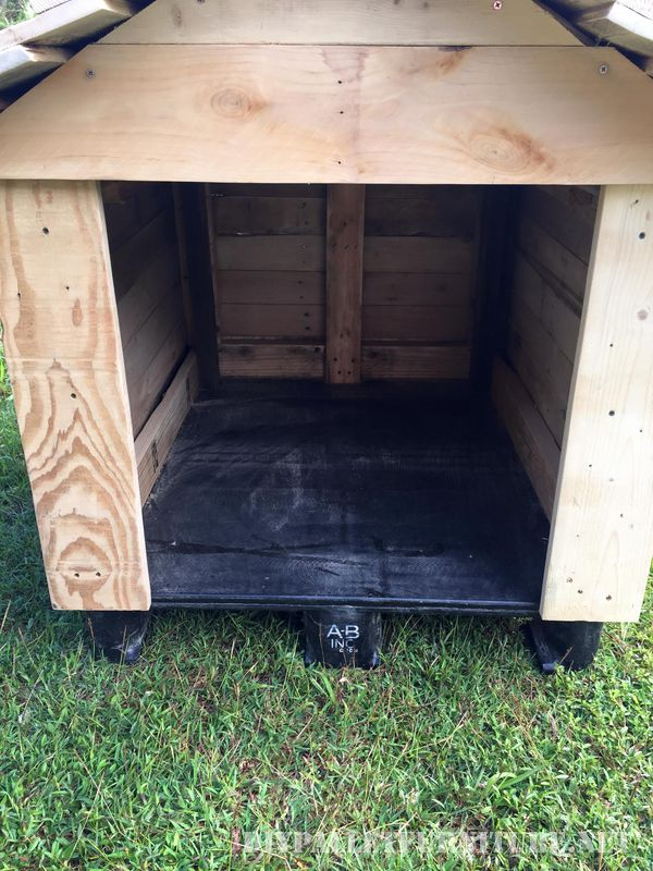 Super pallet doghouse 2