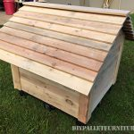 Super doghouse with pallets