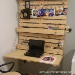 Folding wall desk with pallets