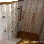Great bathroom made with pallets
